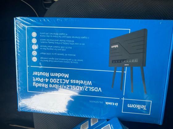 D-Link 4G LTE ROUTER Entrada para cartão Selados