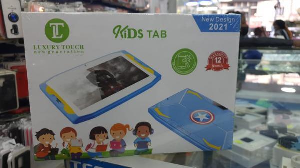 Tablet infantil com jogos didáticos